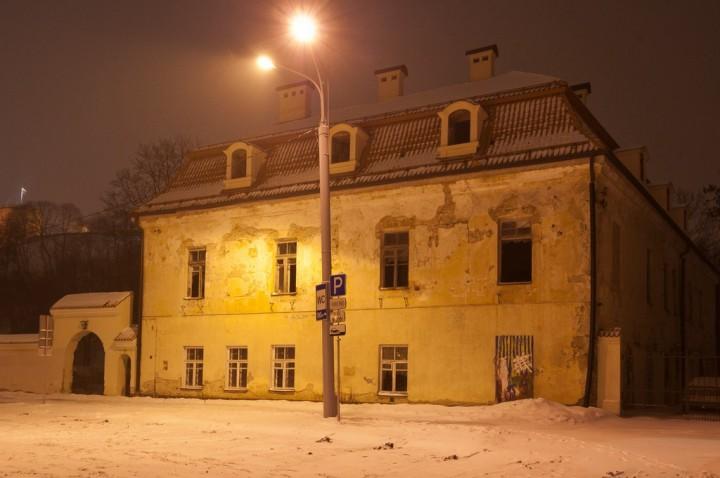 Apleisti senoviniai pastatai Vilniaus senamiestyje