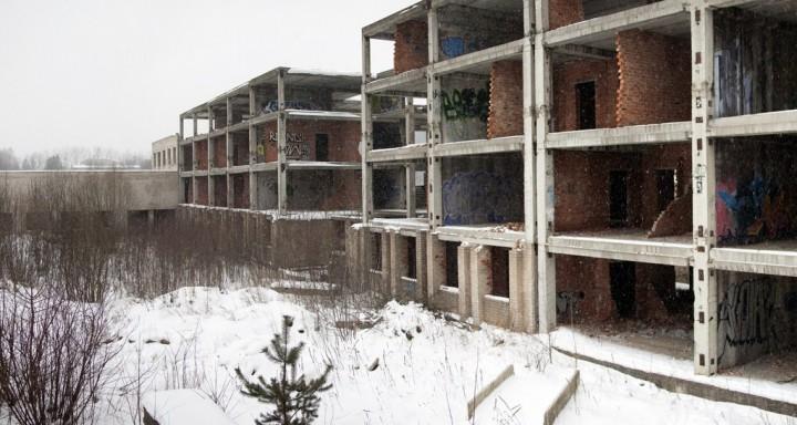 Nebaigtas pastatas Santariškėsė