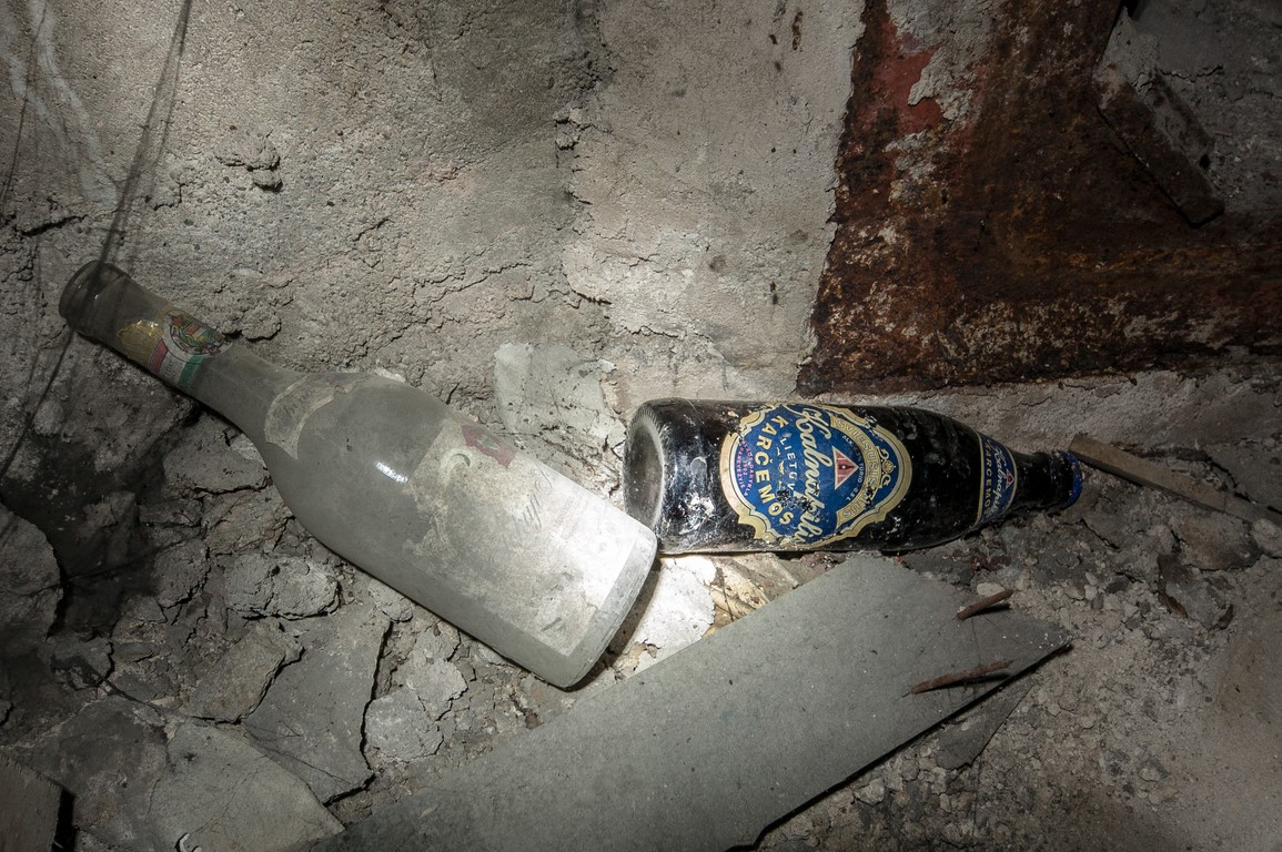Senas Kalnapilio butelys