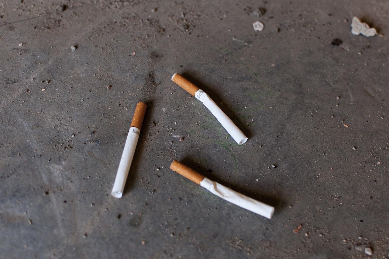 Tuščios cigaretės ginklų fabrike