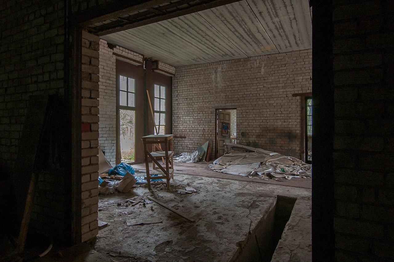 apleistas-namas-dirbtuves-rokantiskese (10)