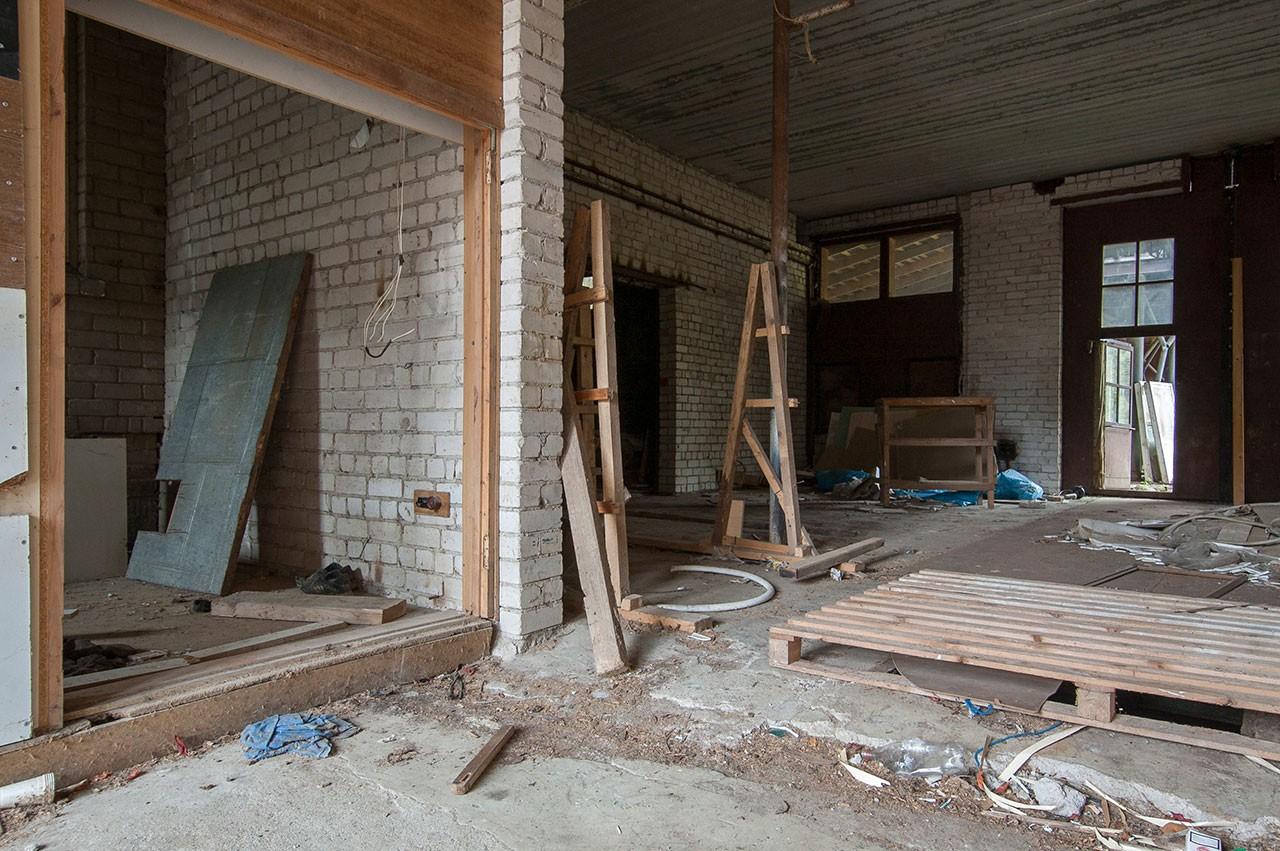 apleistas-namas-dirbtuves-rokantiskese (3)